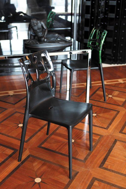Sedia in resina sedia design for Sedia design faccia